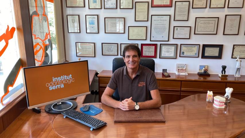 Dr. Antoni Serra en Clínica Institut Serra Mataró